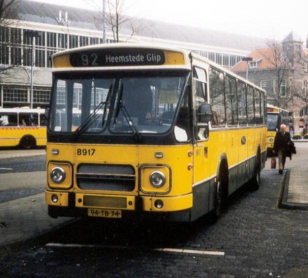 bus444